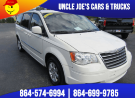 chrysler-town-and-country-2010