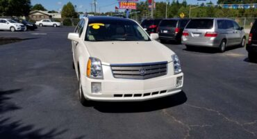 Cadillac SRX 2005 White
