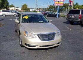 Chrysler 200 2013 Gold