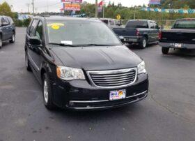 Chrysler Town & Country 2013 Black