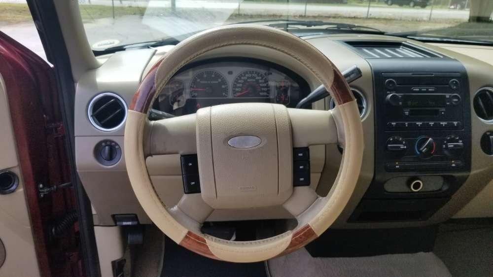 Ford F-150 2006 Maroon