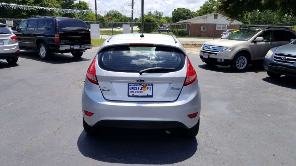 Ford Fiesta 2013 Silver