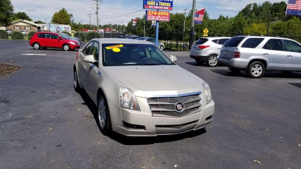 Cadillac CTS 2009 Tan