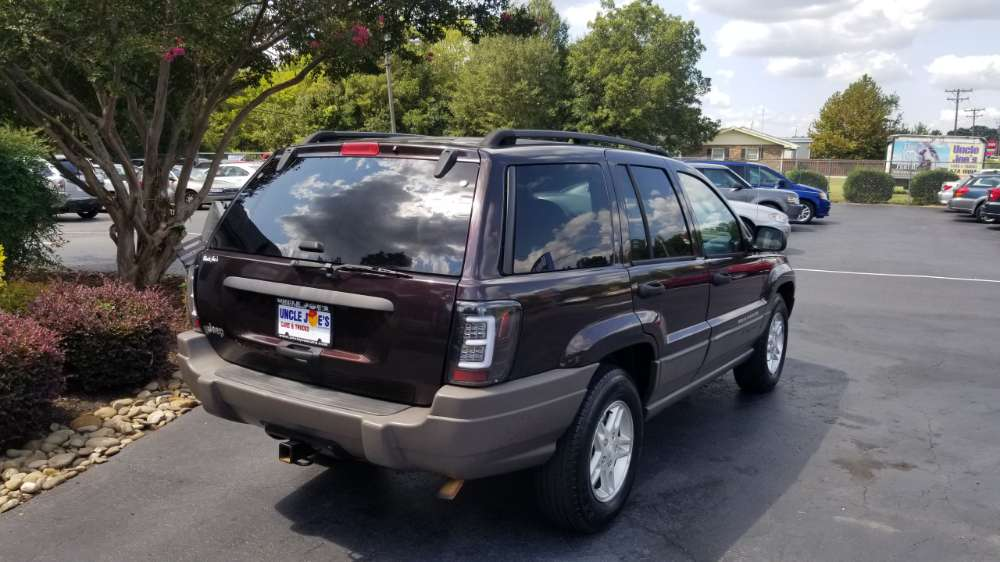 Jeep Cherokee, Grand Cherokee 2004 Maroon